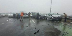 Ülke şokta, yollar kan gölü! 130 araç birbirine girdi: 1 ölü 89 yaralı