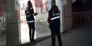 İstanbul'da AK Parti seçim bürosu önünde silahlı çatışma
