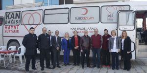 Belediye personeli kan bağışladı