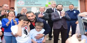 Ümit Karan'dan otizmli çocuklara destek