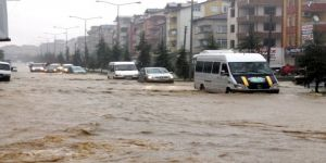 Meteorolojiden sel uyarısı! Bir ilde kuvvetli yağış bekleniyor