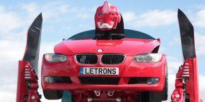 Dünyanın ilk robota dönüşen otomobili Kocaeli'nde