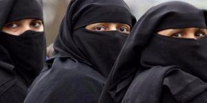 Almanya'da aşırı sağcı AfD partisi genel burka yasağı istedi