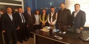 Hürriyet, Türk Eğitim-Sen Kocaeli Şubesini ziyaret etti