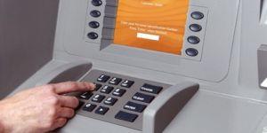 Bankaların açığını bulup 9 milyon lira dolandıran 20 kişi tutuklandı