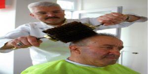 En büyük hayali 260 yıllık fırçayla Erdoğan'ın saçlarını taramak