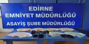 56 Bin Lirasını Sahte Savcıya Kaptırdı