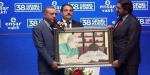 Erdoğan'ı duygulandıran hediye!