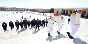 Hakimler Ve Savcılar Kurulu Üyeleri Anıtkabir'i Ziyaret Etti