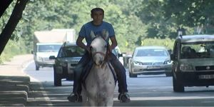 Asfalt Kovboyu Sürücüleri Şaşırttı