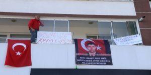 Kılıçdaroğlu'na Pankartlı Sloganlı Tepki