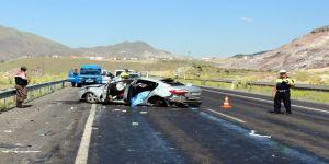 Kayseri'de Feci Kaza: 2 Ölü, 3 Ağır Yaralı