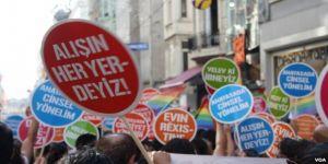 LGBTİ yürüyüşü alarmı ! Bazı Yollar Trafiğe Kapatılacak