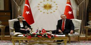 Cumhurbaşkanı Erdoğan, İngiltere Başbakanı May İle Görüştü