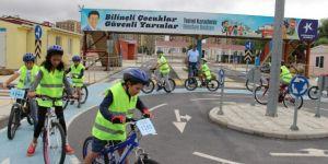 Küçükçekmeceli Gençler, Sağlık İçin Pedal Çeviriyor