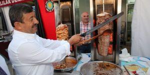 Darıca'da Yiğidolar'dan Folklör Gösterisi
