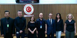 Yurt Dışı Sözleşmeli Personelden Tavan Ücret Protestosu