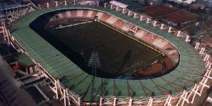 81 yıllık tarihi stad yıkılıyor