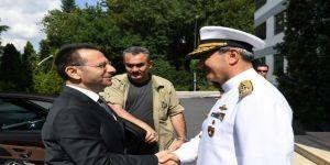 Vali Aksoy'dan Donanma Komutanı Oramiral Veysel Kösele' ye iade-i ziyaret