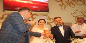 İlyas Şeker'in danışmanı evlendi