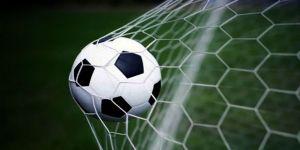 4 Futbolcuya Seyirden Men