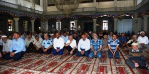 Kartepe'de Demokrasi Şehitleri İçin Mevlid Okutuldu