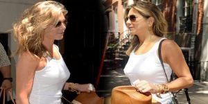 48'lik Jennifer sokağa sütyensiz çıktı