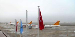 İstanbul'a İniş Yapamayan 6 Uçak Bursa'ya İndi