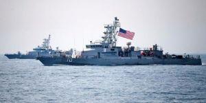 ABD donanması İran gemisine ateş açtı!