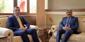 Kocaeli Üniversitesi Rektörü Hülagü'den Vali Büyükakın'a Ziyaret