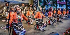 Nilüfer Halk Dansları Topluluğu'na Polonya'dan Ödül