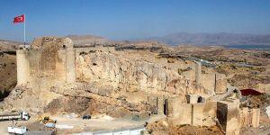 3 bin yıllık Harput surları restore edilecek