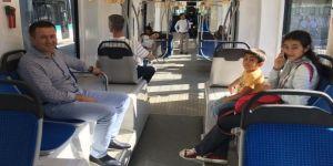 Tramvaya bu kez AK Parti'li başkan bindi