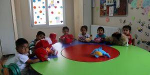 Roman çocuklara kreş eğitimi