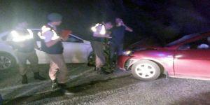 İki Otomobil Çarpıştı: 9 Yaralı