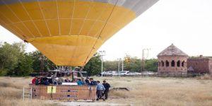 Doğu'nun İlk Balon Turu Ahlat'ta Yapıldı
