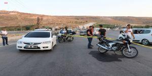 Aranan Cinayet Zanlısı İle Polis Arasında Çatışma: 2 Yaralı