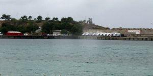 Kocaeli'de tekne battı: Ölüler var