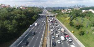 Fsm Köprüsü'nde Oluşan Trafik Yoğunluğu Havadan Görüntülendi