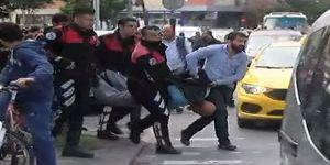 İstanbul'da Bıçaklı Saldırgan Alarmı