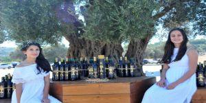 1800 Yıllık Ağaçtan Çıkan Zeytinyağı 22 Bin Liraya Satıldı