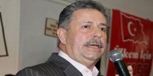 AK Parti'den istifa etti