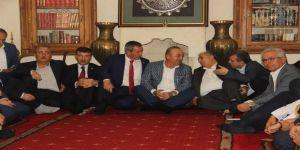 Çavuşoğlu Irak Ve Suriyeli Muhaliflerle Bir Araya Geldi