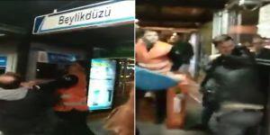 Metrobüs Durağında Kavga