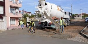 Başiskele'de Sokaklar Betonla Kaplanıyor