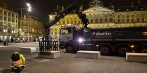 Amsterdam'da meydanlara beton bloklar yerleştirildi