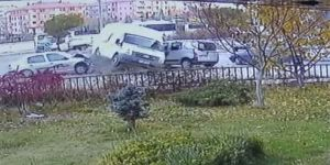 Ankara'da Öğrenci Servisi Kaza Yaptı: 4 Yaralı