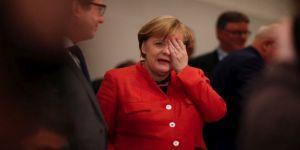 Merkel'e bir şok daha