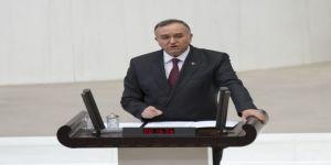 Mhp'li Akçay'dan Davutoğlu Ve Arınç'a Eleştiri
