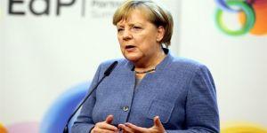 Merkel, koalisyon hükümetinde yer alacak isimleri açıkladı